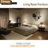Weiche moderne Bett-Art auf Verkauf ausgießen