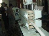 Buen rendimiento de la máquina del precio bajo de PVC Tuberías de Plástico Reciclado Extrusora de tuberías