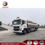 De Tankwagen van de Brandstof van de Gallon van Sinotruk HOWO 8X4 30000L/30m3/30cbm/6000
