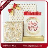 조반겸 점심 선물은 공단 리본 손잡이를 가진 꽃 선물 종이 봉지를 자루에 넣는다