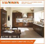 Armoires de cuisine classiques en bois massif préparées pour la décoration de cuisine