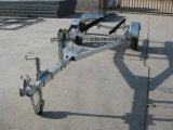 寝台(TR0501B)が付いているジェット機のスキートレーラー