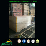 El papel de madera contrachapada superpuesta para muebles y decoración.