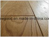 Un revêtement de sol en teck, de planchers de bois, le teck Engineered Flooring, parquet en bois de teck