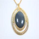 De nieuwe Halsbanden van de Juwelen van de Manier van de Tegenhanger van het Glas van de Hars van het Punt Acryl Unieke