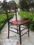 De hete Verkopende Stoelen van Chiavari van het Mahonie met Concurrerende Prijs