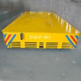 Baía para Bay Trackless Motorizado Carrinho de manipulação no piso de cimento