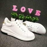 2017 neue beiläufige Schuhe der Dame-Casual Leather Sneakers Anti-Fleck für Frauen-Art Nr.: Beiläufiger Schuh-Michael 001. Zapatos