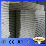 Panneau de composé de matériaux de toiture d'isolation thermique