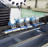 Centro-Pratic-Pza que trabaja a máquina que muele del metal del CNC