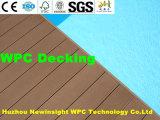 Les échantillons de couleur bois planchers composites en plastique