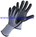 перчатка нитрила 3m работая, многоточия на ладони