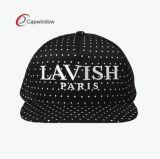 帽子のカスタマイズされたロゴの5つのパネルPU Leatehr Snapabckの帽子