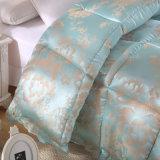 工場価格すべての季節のバッフルボックス高級ホテルのMicrofiberの慰める人の羽毛布団