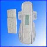 Mode Surface de la soie de forme ailé serviette hygiénique de Lady utiliser
