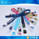 Качеств-Конечно Wristbands ткани нестандартной конструкции популярные изготовленный на заказ отсутствие минимума