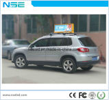 Le double a dégrossi signe de publicité DEL de taxi polychrome de P5 premier