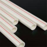 Neue Produkte Plastikrohr und Befestigungs-volles Formular der PPR Rohre in der Rohrleitung