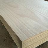Madeira compensada comercial usada para a mobília e a construção