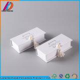 Роскошные косметические подарочной упаковки бумаги макияж в салоне с логотипом печатной платы