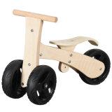 Les enfants de nouvelle conception, l'équilibre de vélo en bois