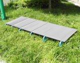 Ultraléger robuste et confortable Lit pliant simple à lit pliant dormant extérieur avec cadre en aluminium