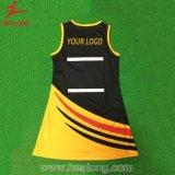 Sportswear рубашки Netball одежд таможни сублимированный платьем равномерный