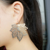 Het zilver plateerde Koper Gesneden Eardrop van het Blad van de Esdoorn Oorringen voor Vrouwen