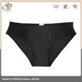 La ropa interior lenceria Panty de encaje de la mujer