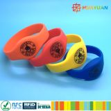 NFC NTAG21X imprägniern SilikonRFID Wristband für Waterpark