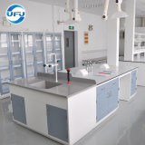 試薬の棚が付いている生物学実験室の中央ワークステーション鉄骨フレーム