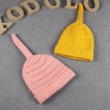 El bebé de los niños embroma el sombrero hecho punto caliente de la gorrita tejida de la gorrita tejida de los casquillos del nudo del invierno del otoño (HW622)