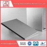 Fácil de montar painéis de alumínio alveolado para coberturas/ Tecto