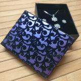 Rectángulo de empaquetado del diseño del regalo decorativo de lujo de la joyería para la señora