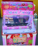子供キャンデーの家クレーン爪のゲーム・マシン