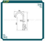 Un design classique col de cygne robinet évier de cuisine en acier inoxydable