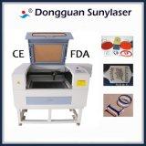 Máquina de gravura do laser da elevada precisão para o vidro orgânico