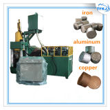 A sucata recicl a imprensa hidráulica do carvão amassado