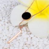 De recentste Juwelen van de Stijl van het Ontwerp Bevallige namen de Gouden Tegenhanger van de Halsband van het Roestvrij staal toe