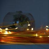 Luz brillante de la cadena del cobre del corcho de la botella de vino de la estrella para la decoración de interior