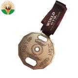 2018 Novo Design Medalha de metal com faixa de preço de fábrica