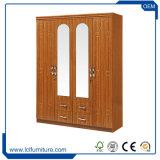 MDF van Armoires van de Garderobe van de multi-Opslag de Houten Grote Slaapkamer van uitstekende kwaliteit Fruniture