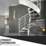 Escalier incurvé blanc et noir d'acier du carbone