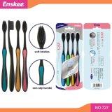 Toothbrush adulto con le setole molli 4 del nero in 1 pacchetto 727 di economia