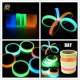 1  Auto-adhésif coloré éclat lumineux dans l'obscurité photoluminescente Bande en vinyle