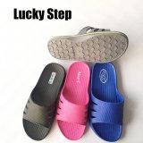 Bunte Schuhe für Mann und Frau