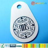 distintivo classico del keychain 1k dell'ibrido MIFARE + keyfob di frequenza ultraelevata EPC1 gen2 RFID