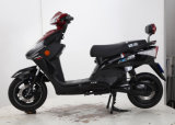 後部ボックス後部足台が付いているチューブレスタイヤの電気オートバイそしてスクーター