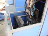 Plastikwasser-Flasche, die Maschinerie herstellt