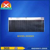 Kundenspezifischer Aluminiumstrangpresßling-Kühlkörper für IGBT